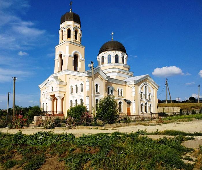 Свято-Дмитрієвський храм